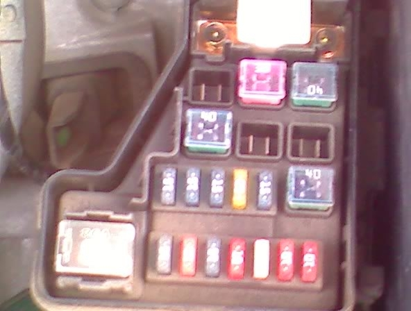 2006 nissan sentra fuse box diagram vehiclepad 2006 nissan within 2005 nissan sentra fuse box 2006 nissan sentra fuse box diagram vehiclepad 2006 nissan nissan sentra fuse box at webbmarketing.co