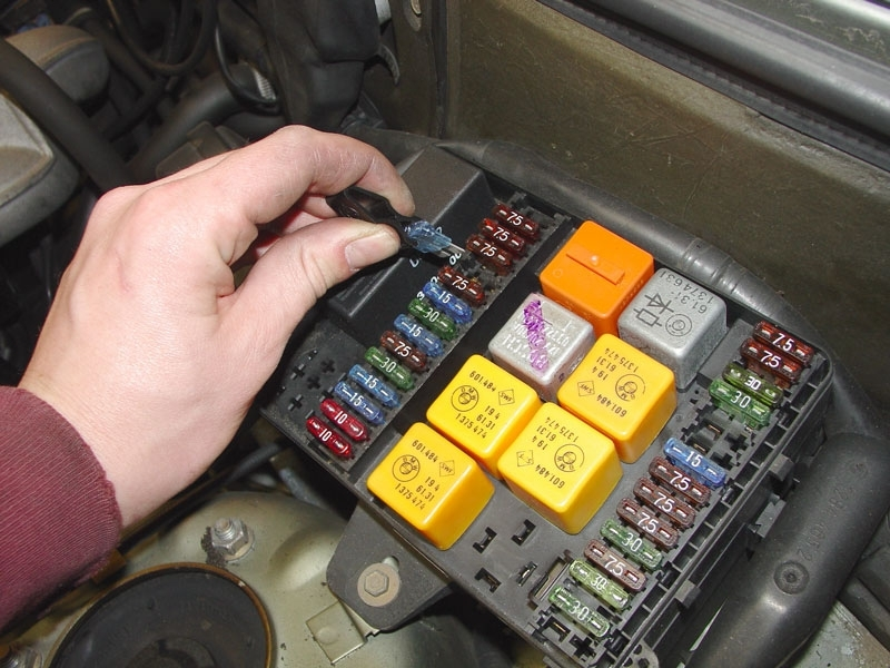 Bmw E30/e36 Electical Problem Troubleshooting | 3-Series (1983 in 2000 Bmw 328I Fuse Box