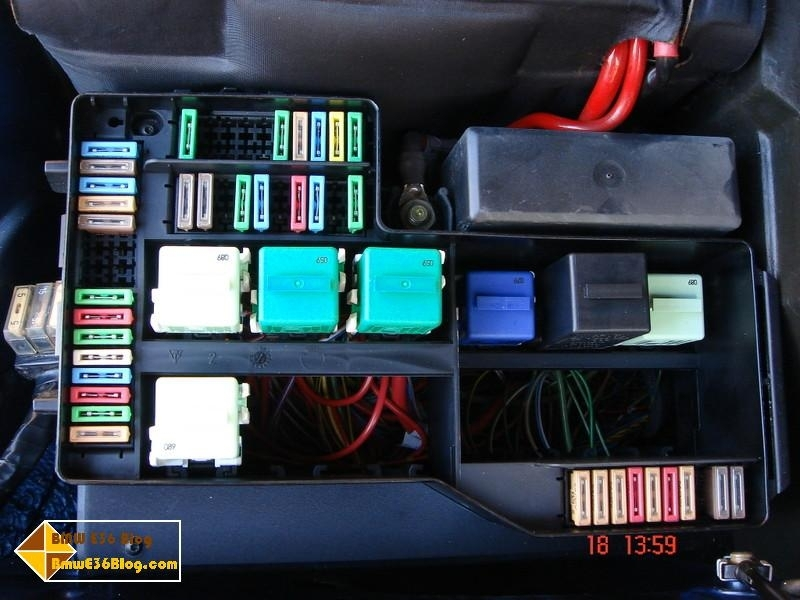 bmw e36 fuse box relay layout bmw e36 blog pertaining to 1995 bmw 318i fuse box diagram bmw e36 fuse box relay layout bmw e36 blog pertaining to 1995 1995 bmw 325i fuse box diagram at mifinder.co