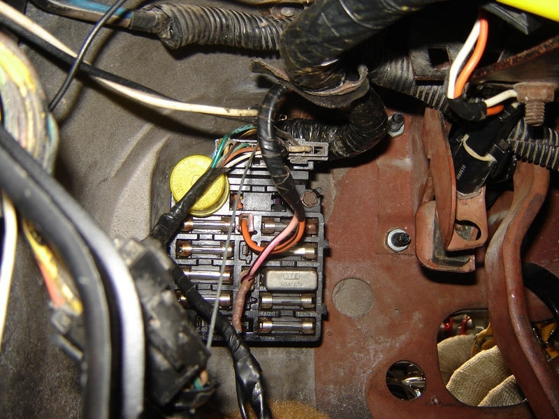 72 chevelle wiring diagram 1970 chevelle wire diagram 72 corvette fuse box photo 72 mustang fuse box plug #6