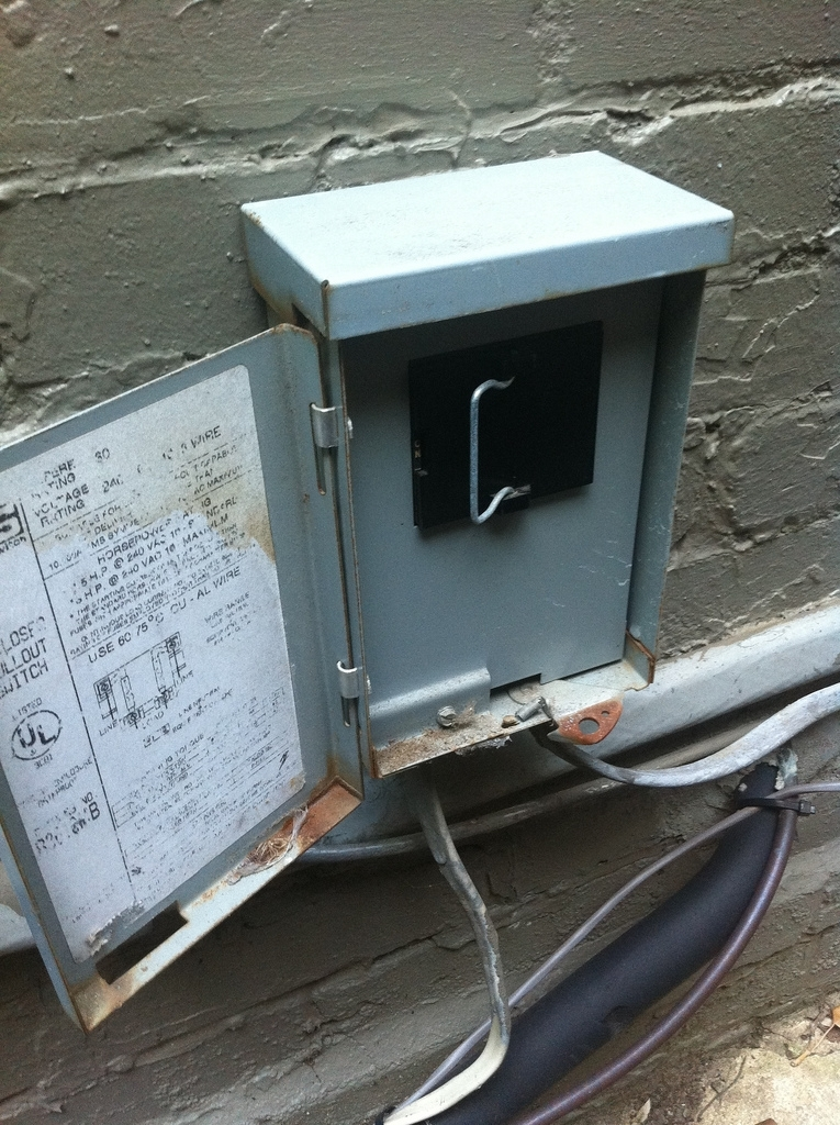 It's Getting Hot In Here - Easy Air Conditioning Fix - Old Town Home regarding Air Conditioner Fuse Box Outside