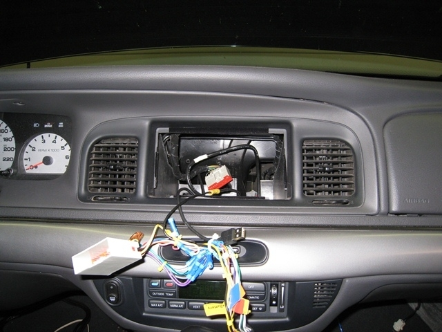 How's The Stock Radio Wiring? - Mercurymarauder Forums for 2000 Mercury Grand Marquis Wiring Diagram