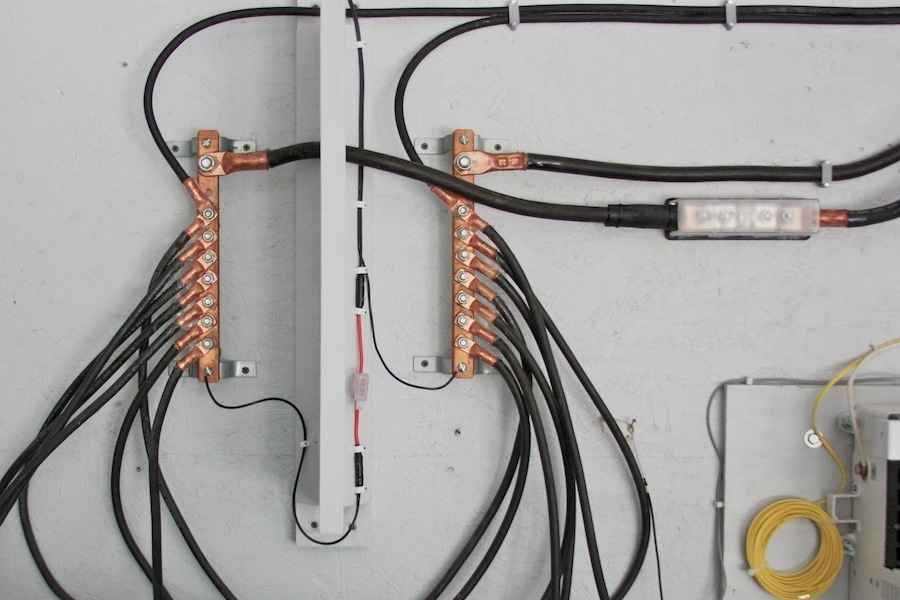 Wiring For Bus Bars. Wiring Diagram Images Database. Amornsak.co with Bus Bar Wiring Diagram